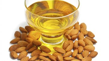 almod-oil-hair-benefits