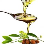 10-benefits-of-Jojoba-Oil-for-Face