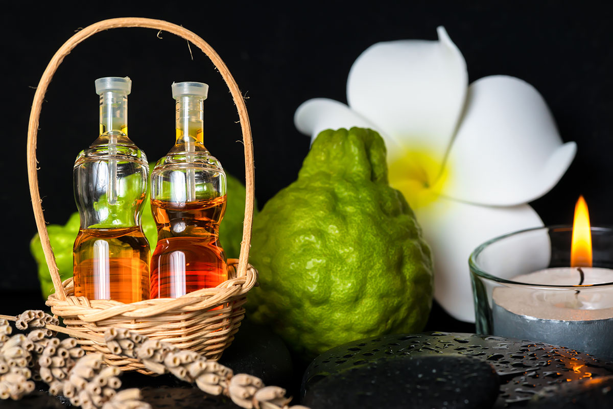 Bergamot-oil-as-essential-oils-for-sleep