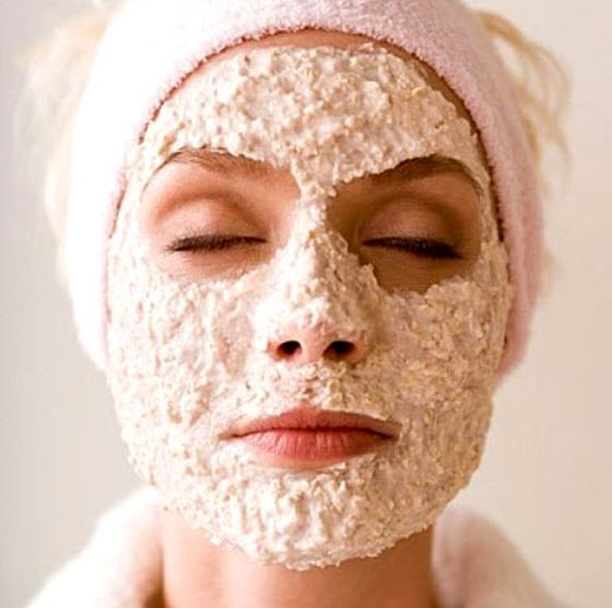 Jojoba-oil-uses-as-a-facial-mask
