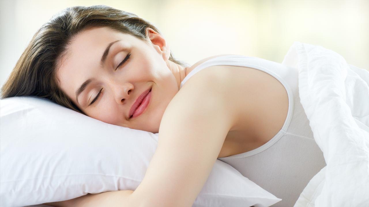 Jojoba-oil-uses-for-sound-sleep