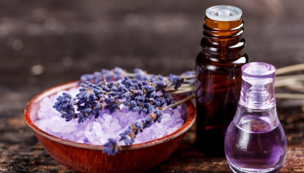Lavender-oil-as-essential-oils-for-headaches