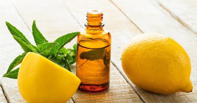 Lemon-oil-as-essential-oils-for-sore-throat