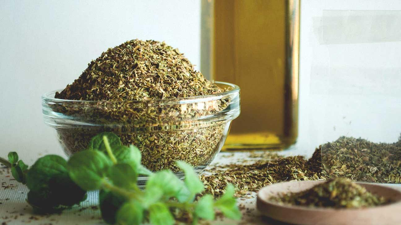 Oregano-oil-as-essential-oils-for-sore-throat