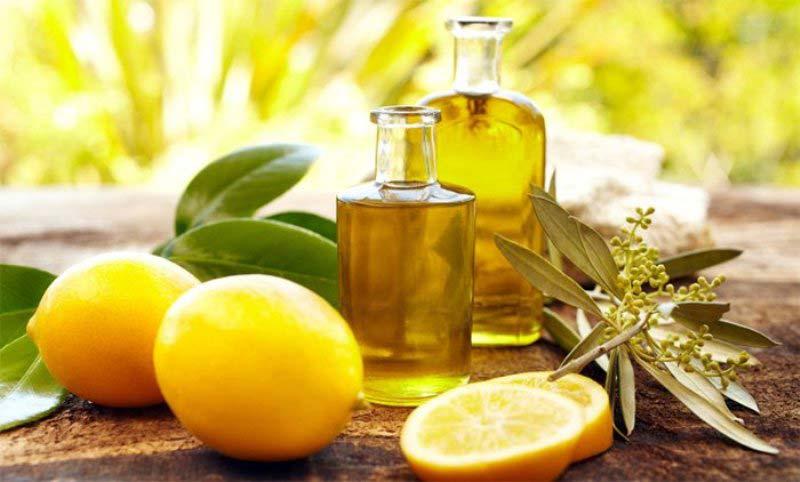Essential-oils-for-acne