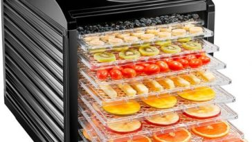8 REASONS TO HAVE A FOOD DEHYDRATOR AT HOME